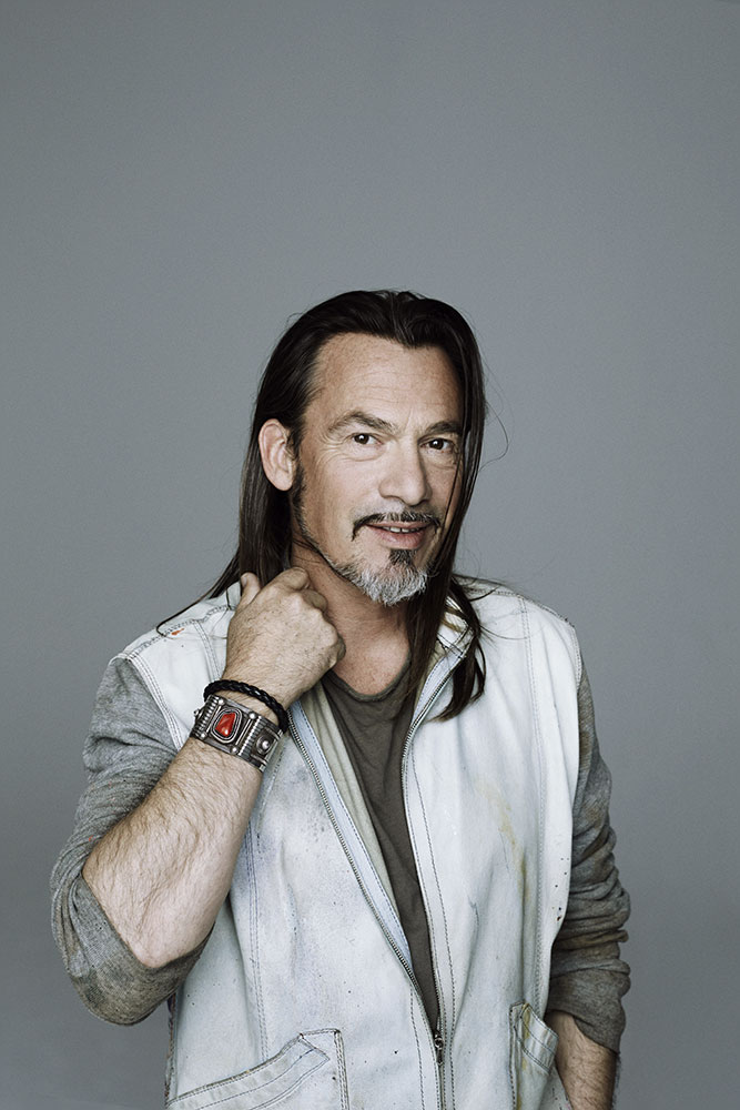 interview florent pagny. Black Bedroom Furniture Sets. Home Design Ideas