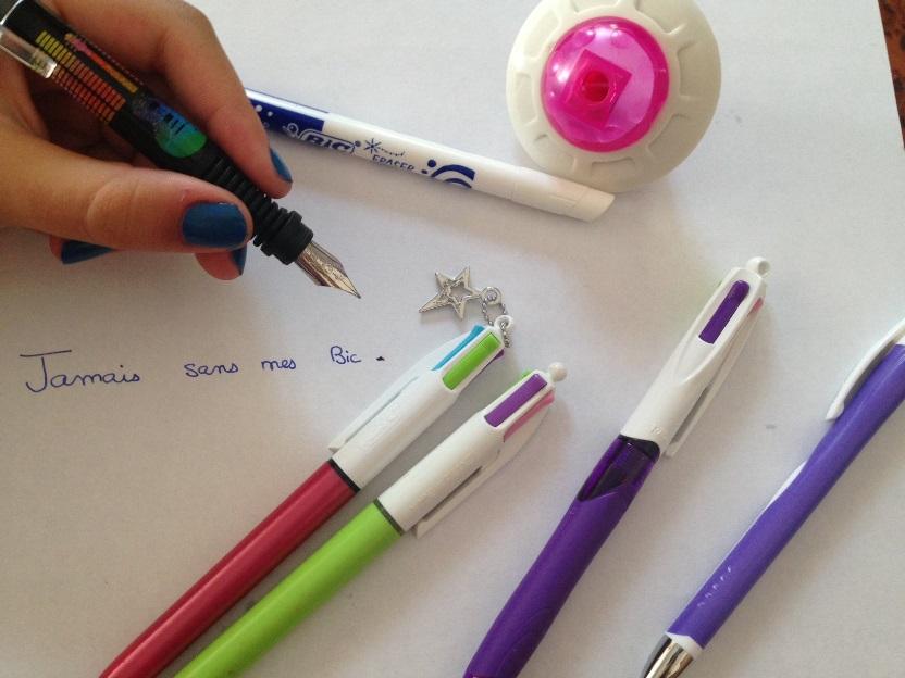 stylo 4 couleurs tete de mort