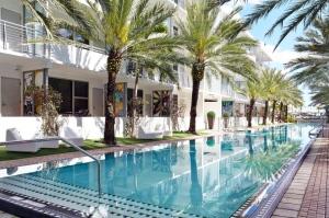 National hôtel piscine 2