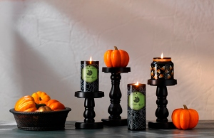 wooden-pillars_yankee-candle